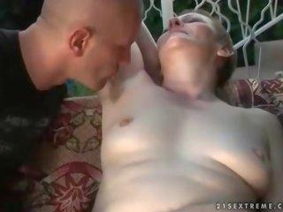 chlpaté holky súložiť Ruský mama porno filmy
